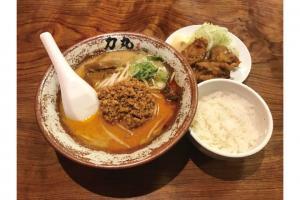 もちもちとした中太麺と濃厚スープの相性が抜群!