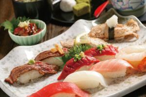 江戸前回転寿司えびす